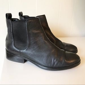 Cole Haan Landsman Leather Ankle Boot Size 8